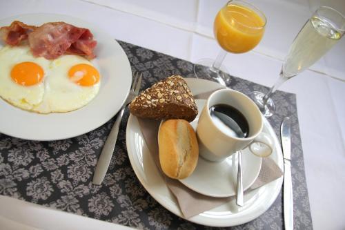Ontbijt beschikbaar voor gasten van Arriate Hotel