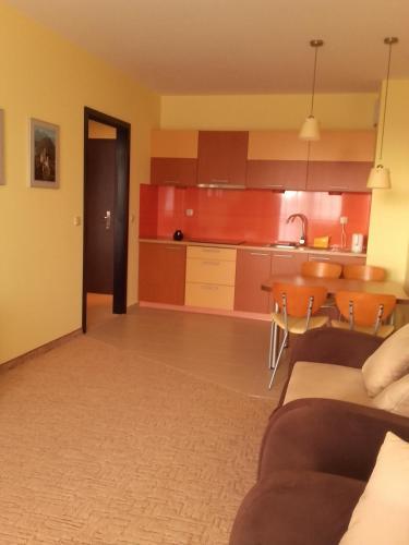 Kuchnia lub aneks kuchenny w obiekcie Apartamenty Diva
