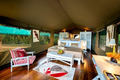 A seating area at Flameback Eco Lodge