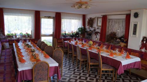 Hotel Roen Ruffre-Mendola Mendola, Italy