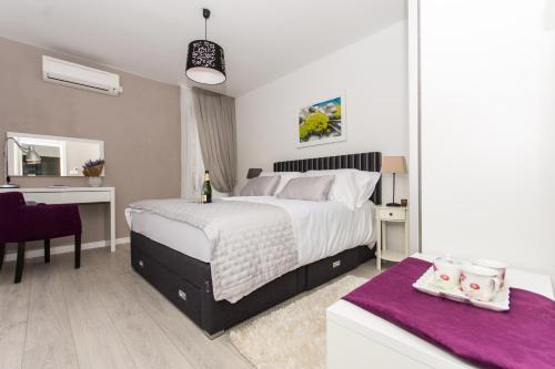 Cama o camas de una habitación en Adriatic Blue View