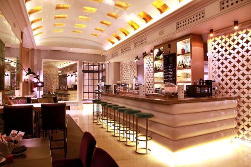 הלאונג' או אזור הבר ב-Hotel Santo Domingo
