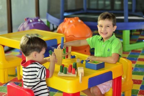 Children staying at Residência Tabatinga