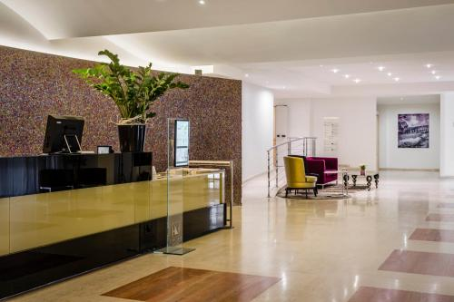 The lobby or reception area at Eurostars Roma Aeterna