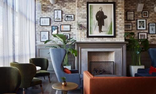 The lobby or reception area at Hotel Zachary, Chicago, a Tribute Portfolio Hotel