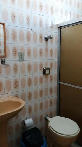A bathroom at Hotel Queluz