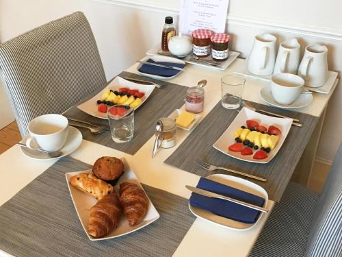 Breakfast options available to guests at The Lilac Door