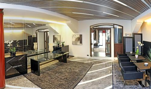 The lobby or reception area at Hotel Residenza Alighieri
