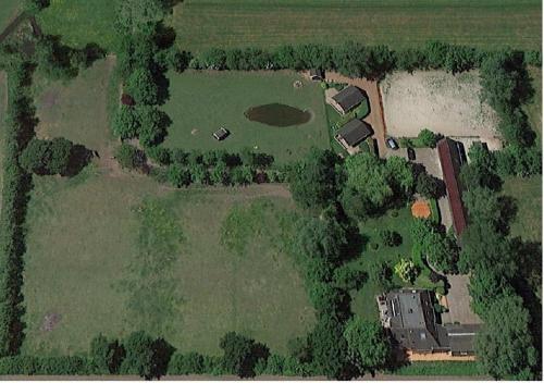 Een luchtfoto van B&B Landgoed Sonneborghe