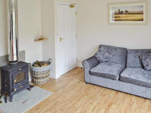 A seating area at Baytree Cottage 2