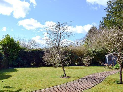 A garden outside Greenside Cottage