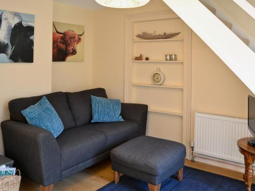 A seating area at Myrtle Cottage