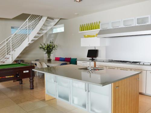 A kitchen or kitchenette at Woodside