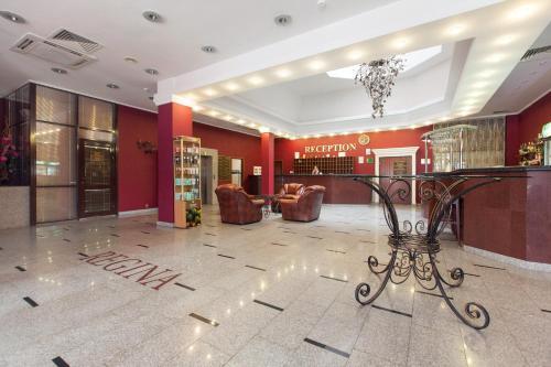 Лобби или стойка регистрации в Отель Регина на Петербургской