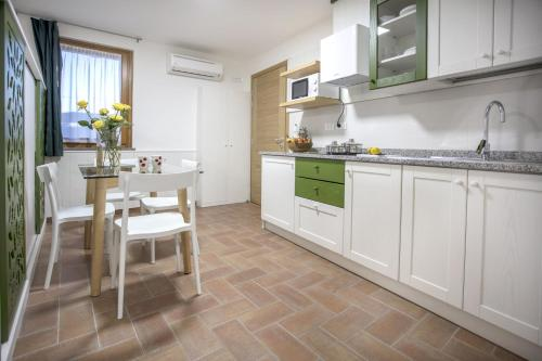 Küche/Küchenzeile in der Unterkunft Agriturismo Cjargnei
