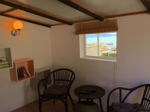 Area soggiorno di Komiza Provita Guesthouse