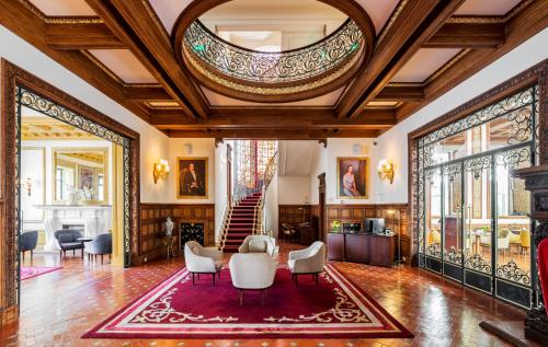 The lobby or reception area at Infante Sagres – Luxury Historic Hotel