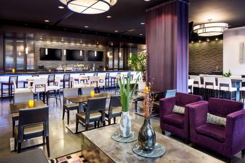 A restaurant or other place to eat at Hyatt House Charlotte Center City