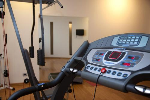 The fitness center and/or fitness facilities at Hotel Del Parco