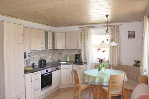 Küche/Küchenzeile in der Unterkunft Birkenhof