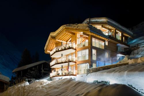 Chalet Nepomuk during the winter