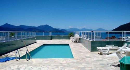 A piscina localizada em Apartamento Costa Nova ou nos arredores
