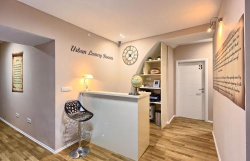 A kitchen or kitchenette at Split Urban Rooms II****