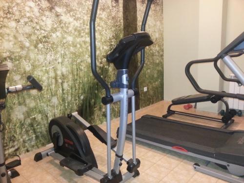 Centrum fitness w obiekcie Hotel Drama Burgas