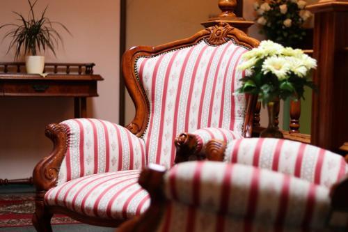 Posedenie v ubytovaní Penzión Grand