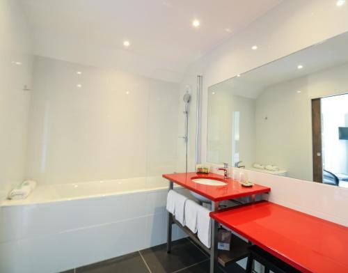 Ein Badezimmer in der Unterkunft Loire & Sens