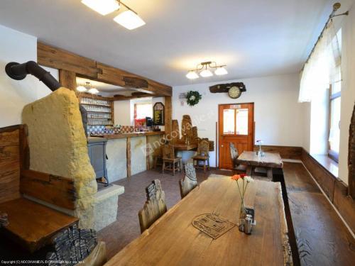 Lounge nebo bar v ubytování Penzion Pod Ozvěnou