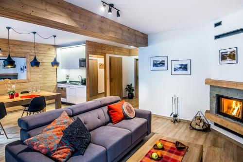 A seating area at Apartamenty Forma Tatrica
