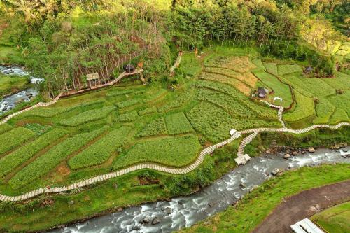 A bird's-eye view of Le Eminence Puncak Hotel Convention & Resort