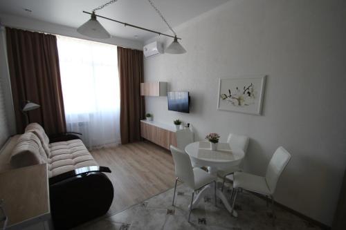 Гостиная зона в Apartment on Medovaya