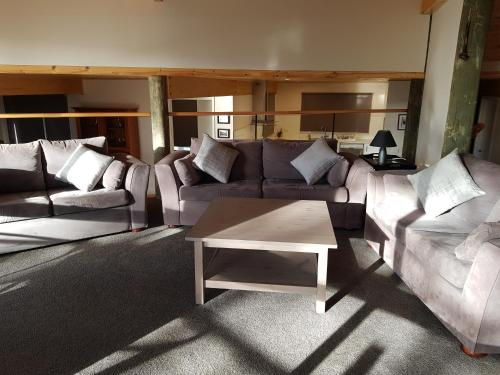 A seating area at Moondance Lodge