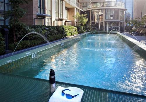 The swimming pool at or near L'Hermitage Hotel