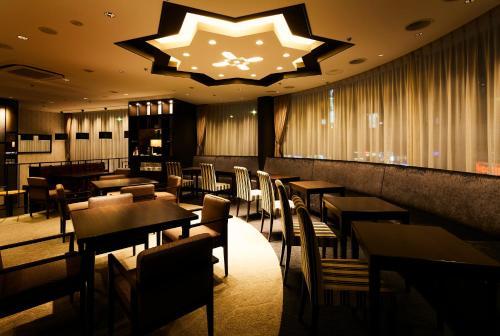 Restoran atau tempat makan lain di Ginza Grand Hotel