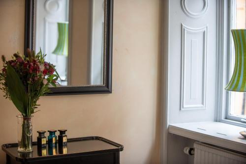 A bathroom at Castle House Inn