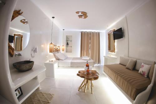 Coin salon dans l'établissement Villa Elina suites and more