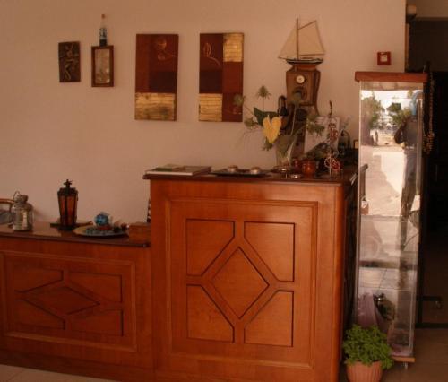 Ο χώρος του λόμπι ή της ρεσεψιόν στο Hotel Alexandros