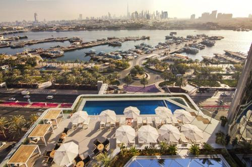 A view of the pool at Al Bandar Arjaan by Rotana – Dubai Creek or nearby
