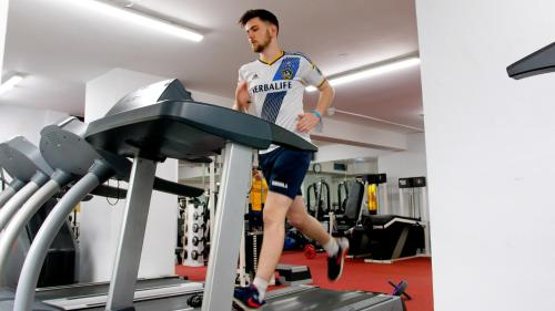 The fitness center and/or fitness facilities at Central Hotel Donegal
