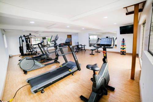 The fitness center and/or fitness facilities at Hotel Plaza Mayor