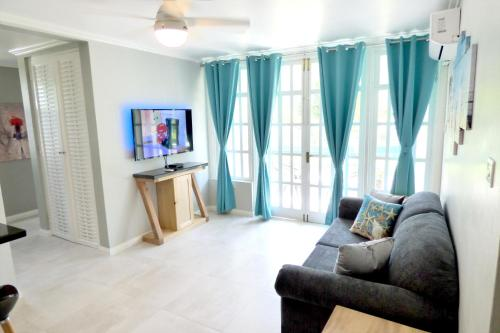 Beach One Bedroom Suite A22