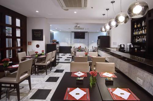 Um restaurante ou outro lugar para comer em Tulip Inn São Paulo Paulista (antigo Tulip Inn Paulista Convention)