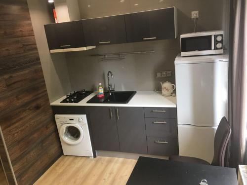 Кухня или мини-кухня в Отель в Домодедово