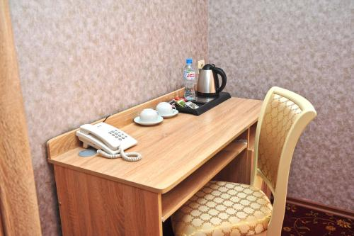 Coffee and tea-making facilities at Kontinent Hotel