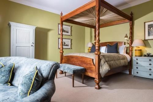 A bed or beds in a room at The Torridon