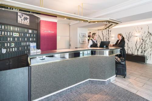 Lobby/Rezeption in der Unterkunft Best Western Hotel Windorf