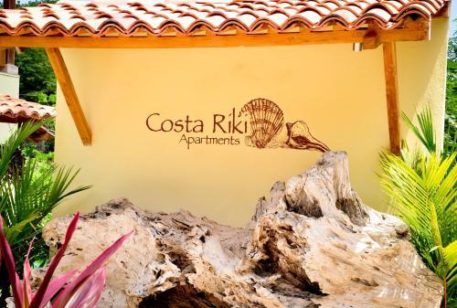 Costa Riki Apartments
